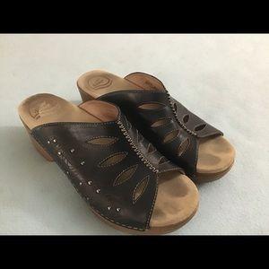 Dansko sandals, 40